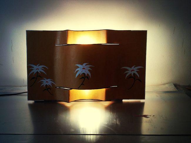 Quadro/ Lampadario Fiori e Oro: Lastra in alluminio con telaio in legno di Abete. 0,76 X 0,46 Cm Kg 3 circa. Euro 160,00 + spese di spedizione handmade italy Robert I