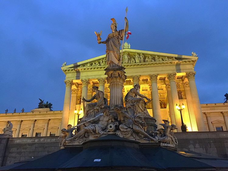 Viena, Austria Architecture Statue Travel Destinations Built Structure Creativity Outdoors Human Representation Illuminated