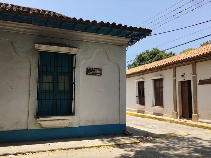 Colonial Style Colonial Architecture Town Architecture Building Exterior Choroni Choroni_Vnzla Caribbean Architecture Outdoors Built Structure Architecture House Day No People Sky