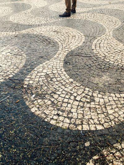 IPSLeadingLines Mindtheminimal Minimalobsession Minimal go with the flow Portugaldenorteasul Rossio Lisbon Lisboa Portugal_lovers Igersportugal