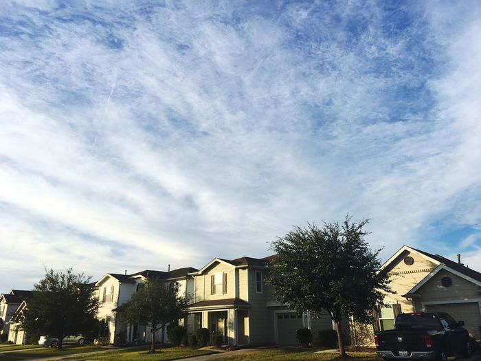 uniform. Building Exterior Architecture Built Structure Residential Building Sky House Tree Residential Structure No People Outdoors Cloud - Sky Low Angle View Day City Iphonephotography Architecture