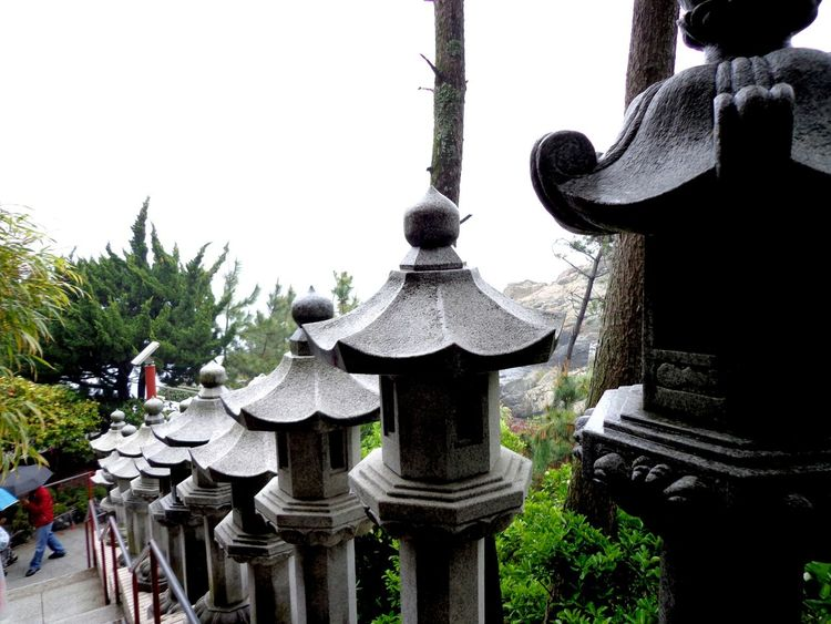 Stone Lantern RainyDay 부산 Busan