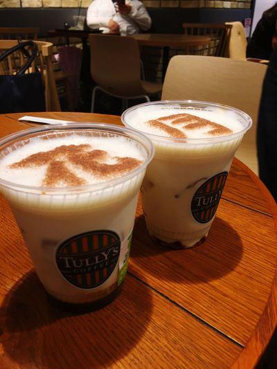 はなとつき Food And Drink Drink Table Refreshment Frothy Drink Still Life Coffee