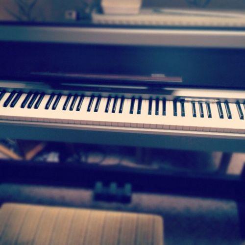 Piano Pianoforte RePicture Travel Music Musica