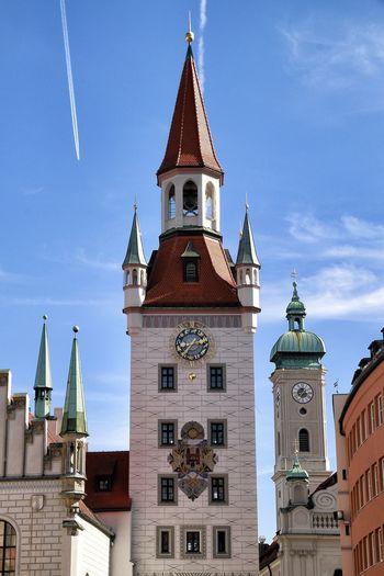 GERMANY🇩🇪DEUTSCHERLAND@ München Marienplatz Rathaus Zentrum Town Square Artists Architecture Carillontower Carillon Church