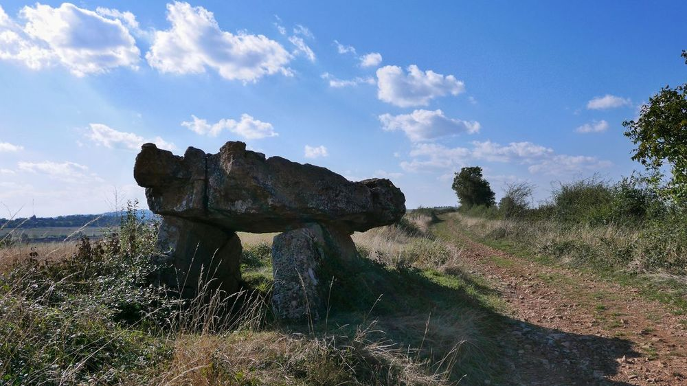Dolmen Landscape Campagne Countryside Tranquil Scene Solitude Cloud Outdoors Nature Scenics Country Road Nature_collection Nature Photography Country Cloud - Sky Cloud Nature Beauty In Nature Sky The Past Exterior Celtic Landscape_Collection Landscape_photography Aveyron