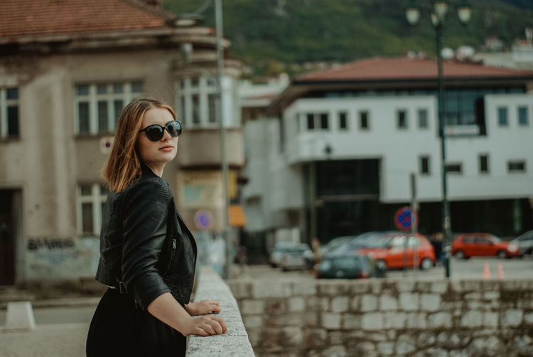 SONY DSC Sunglasses Glasses Fashion Architecture Building Exterior Built Structure Young Adult Standing City One Person Young Women Focus On Foreground Hairstyle Lifestyles Leisure Activity Hair Real People Women Beautiful Woman Outdoors Beauty In Nature Beauty Beautiful Sexygirl Sexywomen Sarajevo Sarajevobosnia Bosnia And Herzegovina Bosnia Streetphotography Street Street Photography
