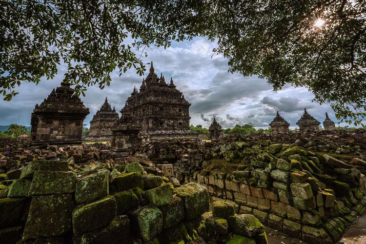 Ancient Ancient Ruins Budist Temple Building History Jogging Jogjakarta Jogjakartatemple Place Of Worship Temple Travel Destinations Yogyakarta
