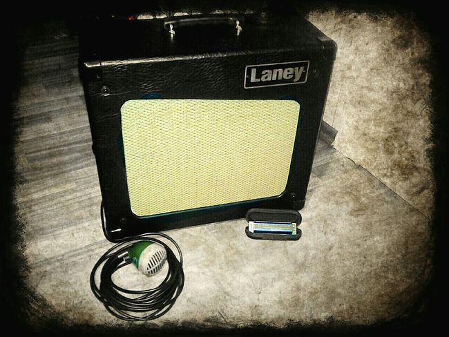Laney Labey Cub12r Hohner  Hohner Crossover Shure Shure520dx Music Blues Old Image Lieblingsteil