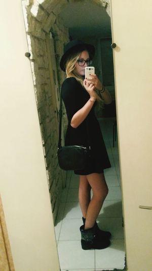Chapeau Bottes Ma Petite Robe Noire Soirée