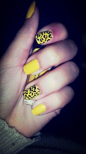 Unhas #amarelinhas #haha Oncinha