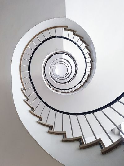 Spiral Staircase Architecture Architecture_collection Architectural Feature Architectural Detail Architecturelovers Picoftheday Pictureoftheday Spiral Stairs Steps And Staircases Spiral Steps Staircase High Angle View Stairs Railing Architecture Circle Symmetry Geometric Shape Architectural Detail