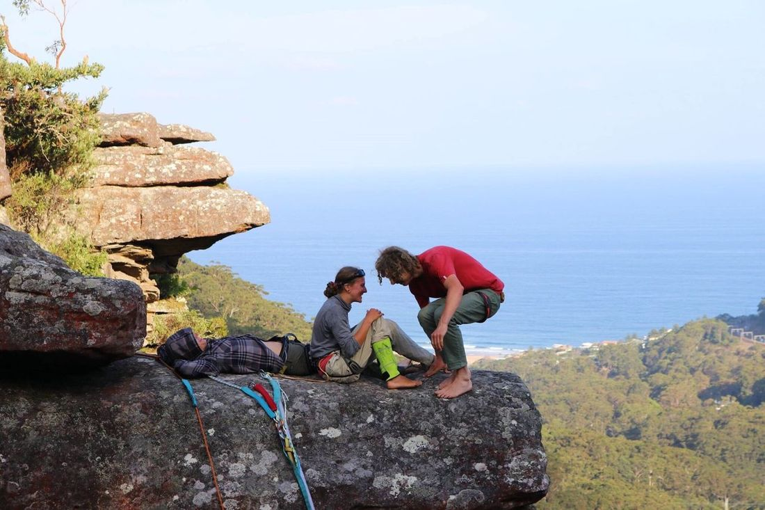 A moment of pure happiness captured. Rock Climbing Highline Community Nature Cliff View Sydney