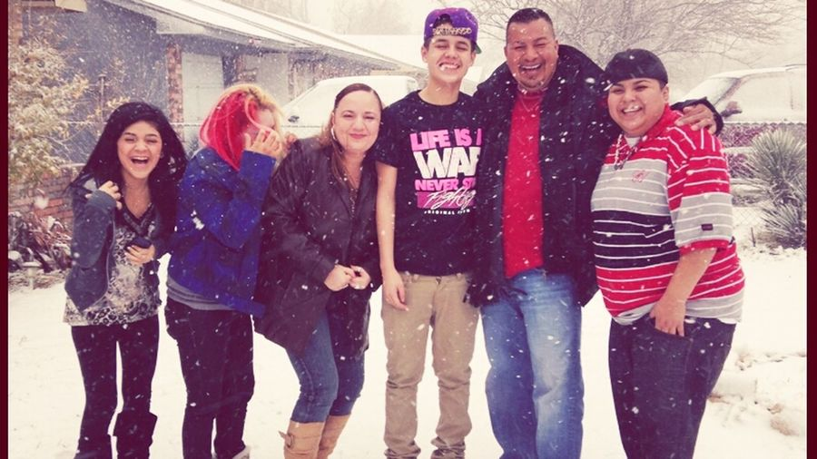 family moment <3 ( excuse my face ) lol .