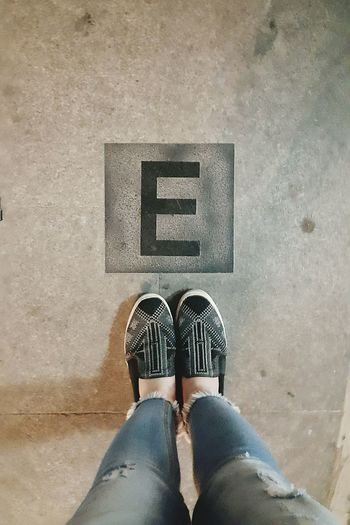 E Streetphotography Downtown Shoes Jean
