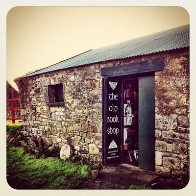 The Old Book Shop #book #shop #earlybirdlove #beautiful_ireland #jj #jj_forum #ireland #hill_of_tara Ireland Shop Book Jj  Earlybirdlove Jj_forum Hill_of_tara Beautiful_ireland