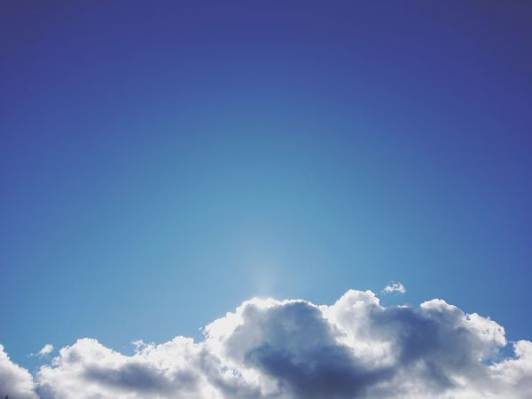 Flying Blue Backgrounds Summer Sunlight Bright Freedom Heaven Sunny Sun Cumulus Cloud