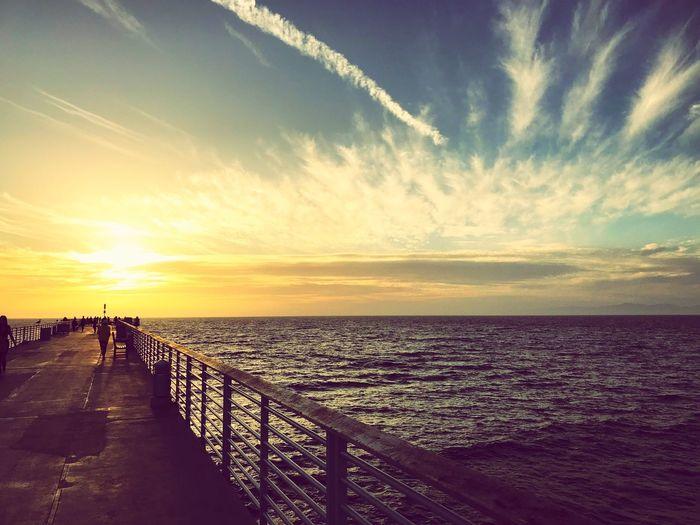LaLaland Lighthouse,the bridge of singing City of stars Sea Horizon Over Water Sunset Sky Nature Cloud - Sky La La Land