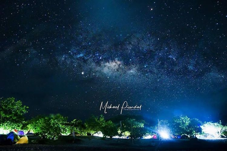The Milkyway over Calaguas Island Calaguas EyeEm Selects Astronomy Galaxy Milky Way Space Star - Space Tree Constellation Illuminated Arts Culture And Entertainment City