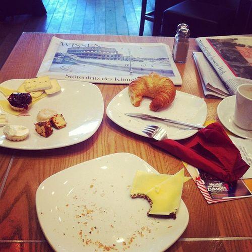 Zeit: In Ruhe frühstücken und Die Zeit lesen