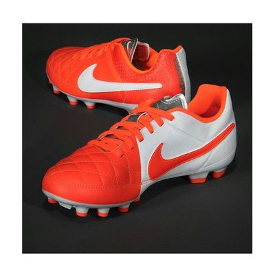 NIKE - TIEMPO GENIO LEATHER FG Shoes Soccer Football Tiempo Nike Tiempogenioleatherfg Senzascarpa Fbccasteggio1898 Love Red White Footballplayer  Footballgames Footballseason  Season