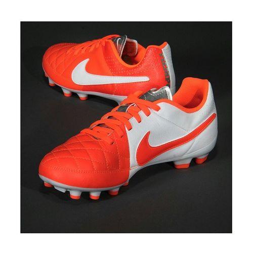 NIKE - TIEMPO GENIO LEATHER FG Shoes Soccer Football Tiempo Nike Tiempogenioleatherfg Senzascarpa Fbccasteggio1898 Love Red White Footballplayer  Footballgames Footballseason  Season