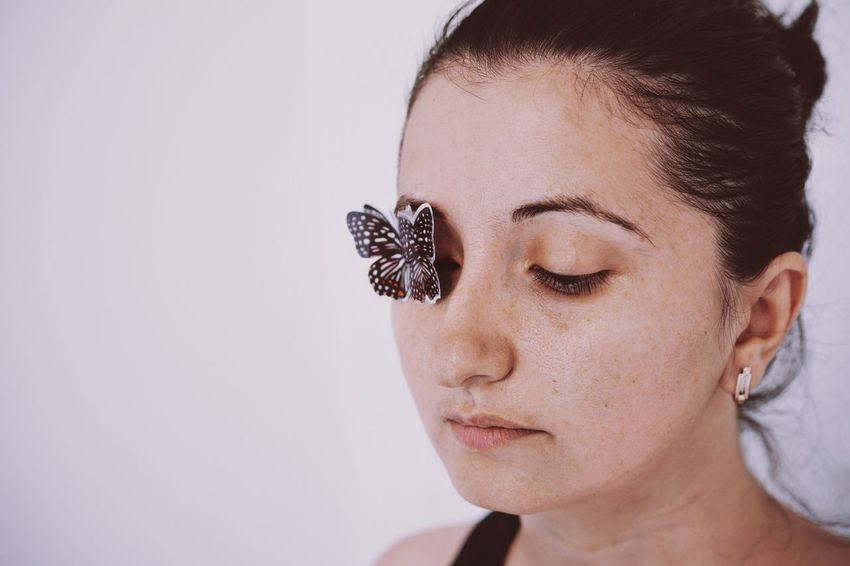 Butterfly Portrait One Person One Woman Only Women People Young Women Beautiful Woman Human Eye Human Face Women Beautiful People Eye Make-up The Portraitist - 2018 EyeEm Awards The Still Life Photographer - 2018 EyeEm Awards