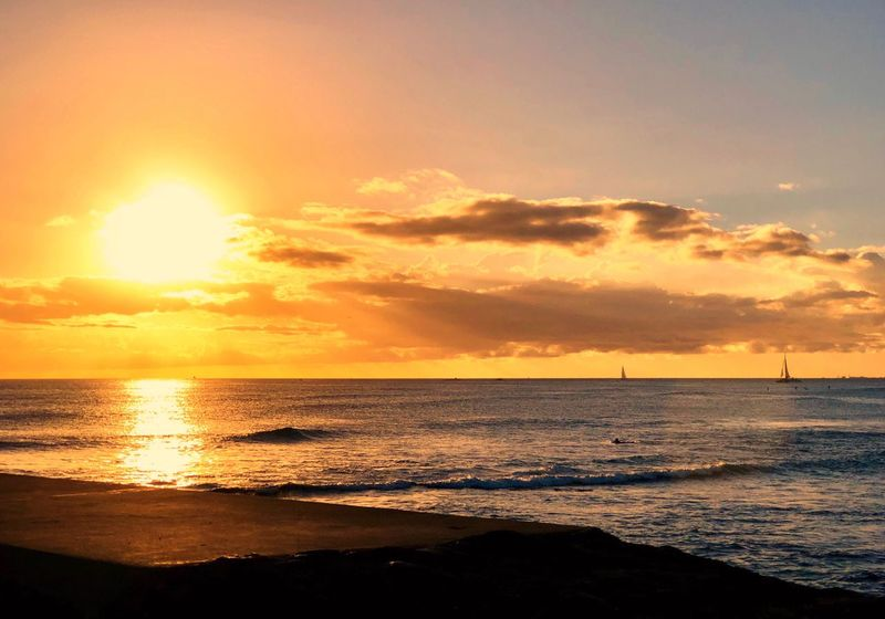 Sun Reflection On Water Sunbeam Cumulus Cloud Sun Rays Through The Clouds Sun Rays Sailboats Sea Sunset Scenics Beauty In Nature Sun Horizon Over Water Sky Nature Tranquil Scene Beach Water Tranquility Sunlight Idyllic Silhouette Cloud - Sky No People Outdoors Sand Wave