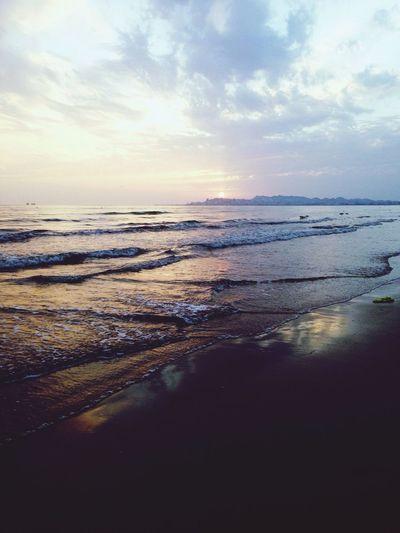 ?? Sunset Sea Cloudy Waves