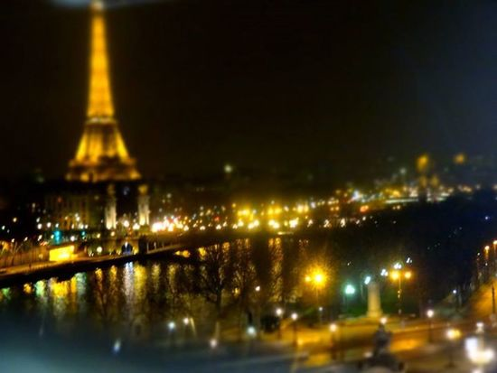 Paris is called the City of Lights. Many beautiful buildings are lighted at night. Franceにて。なにもかも美しかった。また行きたくて行きたくて涙が出そうです。 Paris France La Tour Effel Cityview
