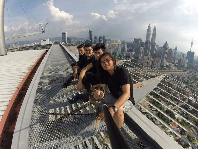 Everyday is a new day so start living it Top Of The World Capture The Moment Concrete Jungle Kltower City February Heights Klcc World Roof Kuala Lumpur Malaysia Scaredofheights Achievement Capturing Movement