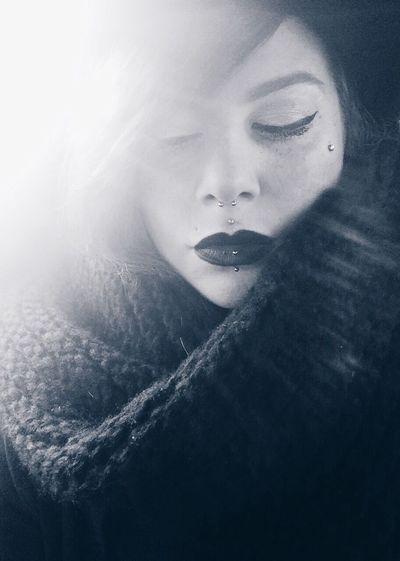 Eintagsliebe That's Me Taking Photos Selfportrait Selfie Piercing Lips Blackandwhite Portrait Music Marteria