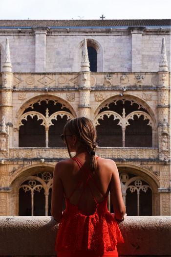 monastero dos jerónimos Architecture Monastero Dos Jeronimos Red Travel Ancient Encanto History Lifestyles Monastero Dos Jeronimos People Style Women Young Women