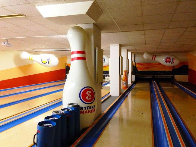 Bowling Indoors  Kegelbahn Kegeln No People Sports