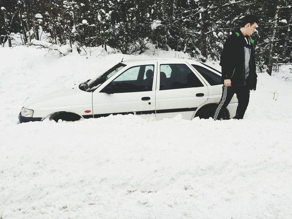 Bilen smälte ihop fint med snön iaf ❄️