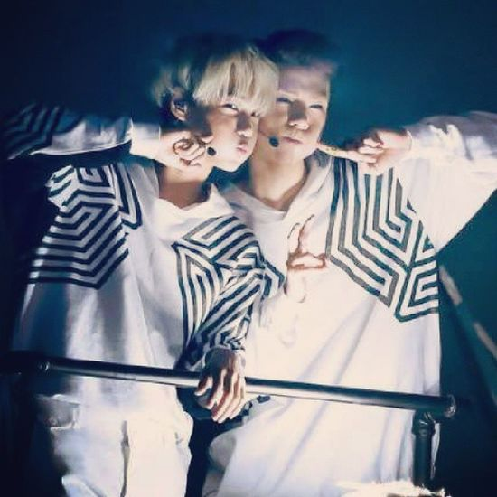 G'morning guys. Have a nice day! EXO TLP  KAIHUN
