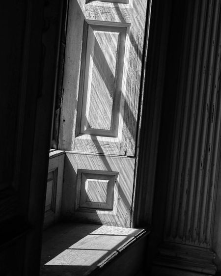 Shadows of the past and the light of the future at Drayton Hall Plantation Architecture_collection Architecture Architectural Detail Black And White Blackandwhite South Carolina