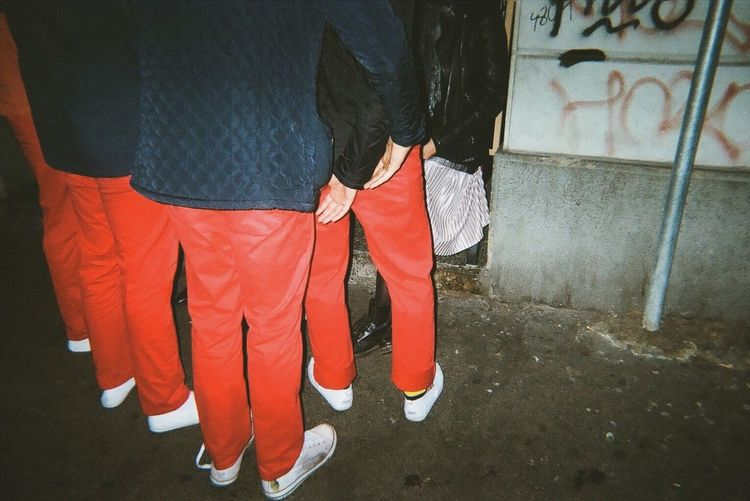 Helping hands. Milan Italy Street Photography 35mm Hotpants