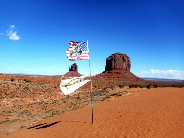 The KIOMI Collection Monument Valley Sandylandscape Sandy Bluesky USA Favorite Places Likeadream Wilderness Stones Dessert Flags