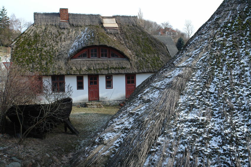 Architecture Building Exterior Built Structure Day House Nature No People Outdoors Sky Thatched Thatched House Thatched Roof Tree W-rügen