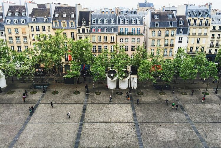 [ From the Top ] Grey sky in Paris. Top Perspective Rooftop Roof Building Building Exterior Architecture Paris Je T Aime Urban Urban Geometry Urban Landscape Architectural Detail High Angle View Tall - High Cityscapes Urbanism Lines Façade Windows Apartment Parvis Ground Things I Like Neighborhood Map