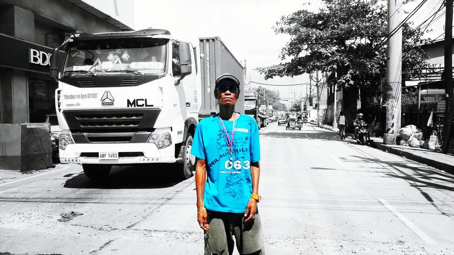 Cellphone Photography Streetphotography Taking Photos Eyeemphotography Eyeem Philippines Color Splash Philippines Traffic Enforcer People And Places People And Places Urban Scene The Portraitist - 2017 EyeEm Awards The Street Photographer - 2017 EyeEm Awards