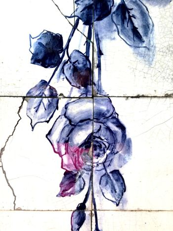 Close-up No People Day Outdoors Blue Shades Of Blue Design Blue Color Blue And White Azulejos Porto Portugal Azulejosportugueses Azulejos Portugal Is Beautiful Portugal_em_fotos Built Structure Building Exterior Roses Blue Roses
