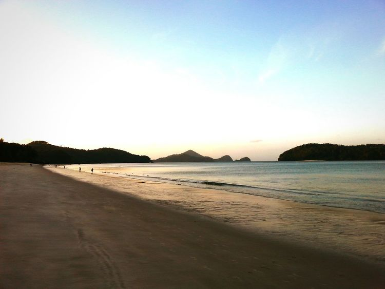 Langkawi Island's Beach in the morning Langkawi Malaysia Travel ASIA Traveling Beach Beach Shore Morning Relax