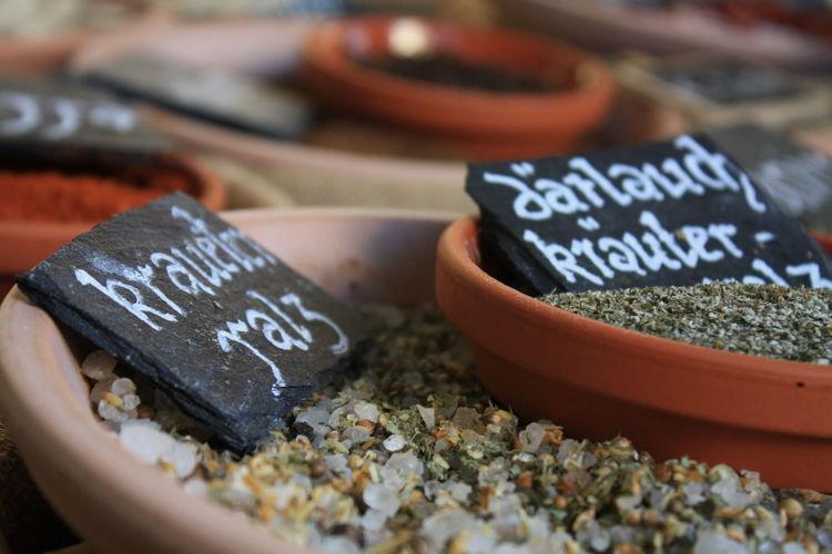 Detail Einkaufen Erleben Gewürze Herbs Kitchen Market Mittelaltermarkt Salt