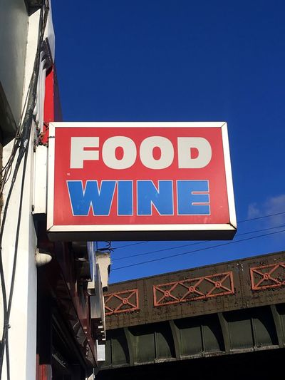 Sign Food Wine Corner Shop Shop London Typography City Cheap Street Sky Red Blue The Graphic City