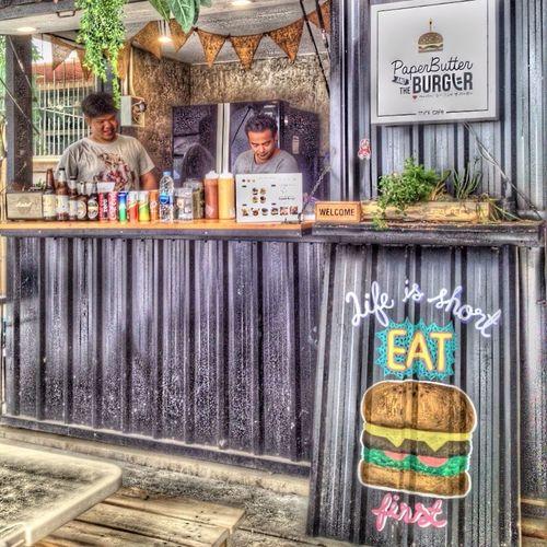 Life is short eat Burgers first Real ! 😊 Burger Restaurant bangkokthailand Editphoto