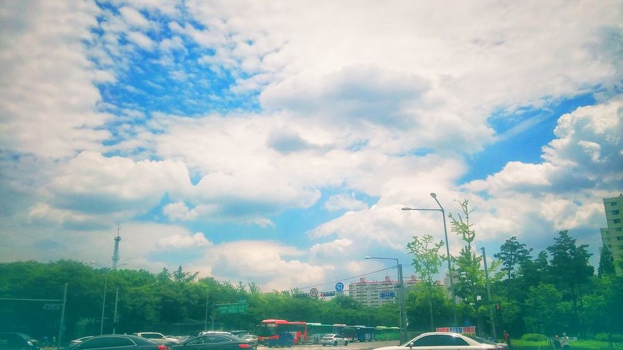 아름다운하늘 가락시장역 앞에서