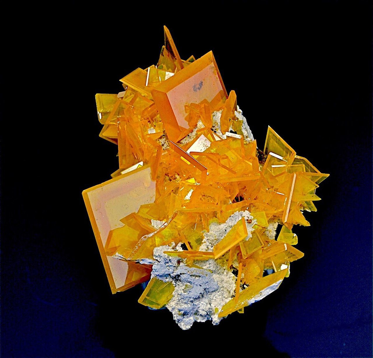 black background, studio shot, yellow, wealth, crystal, paper, finance, no people, gold colored, luxury, close-up, fragility, day