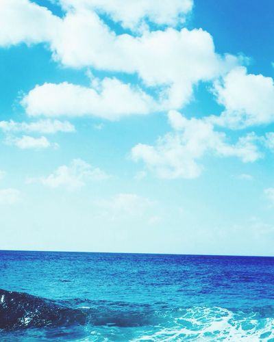 Drifting Sea And Sky Blue Waves Relaxing Peaceful Taking Photos Enjoying Life Beauty In Nature
